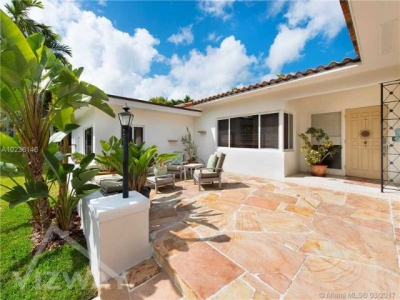 4_bedroom_house_home_for_sale_miami_florida_vizway_1